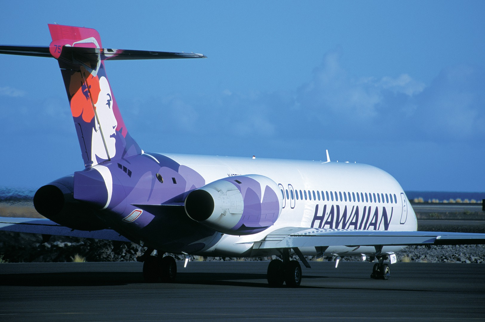 Hawaiian Airlines Says It Will Retrofit Its Boeing 717 Jets