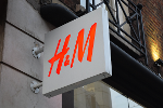 H&M Stock Falls as Barclays Says Inditex is a Better Retail Bet