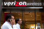 Verizon Shares Gain as Carrier Tops Q1 Earnings Forecasts