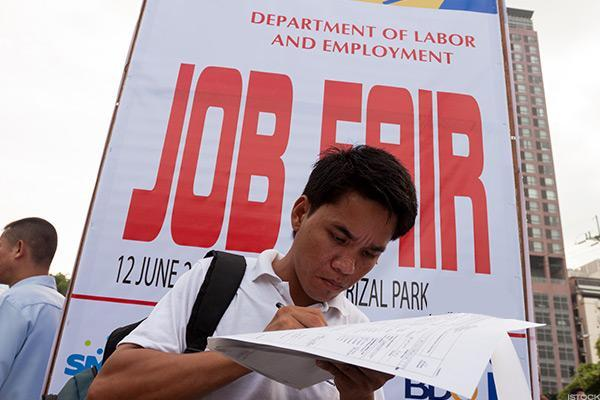December Private-Sector Job Creation Weak