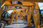 Caterpillar Revenue, U.S. Investors Pivot Overseas: Two Keys to Your Trading Day