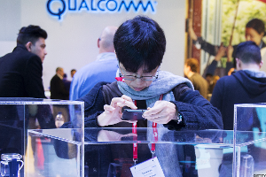 Qualcomm Earnings Could Drop 50% on FTC Ruling