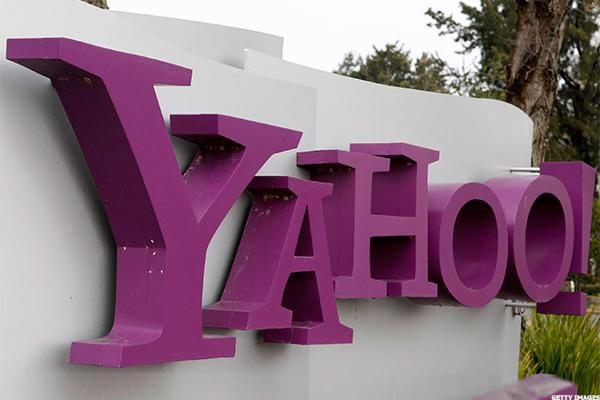 Yahoo!? Take the Cash and Go, Says Cramer: 'Mad Money' Lightning Round