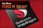 Qualcomm Stock Presents Classic Dilemma for Traders