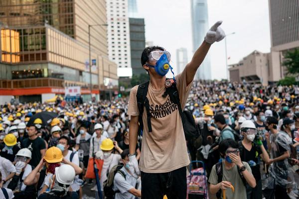 Why Anti-Mask Law in Hong Kong Should Terrify Overseas Investors