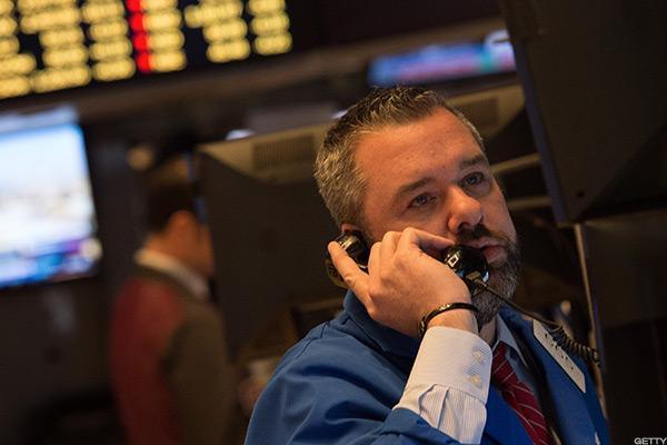 Stocks Narrowly Mixed in Cautious Trading, Intel Weighs on Dow