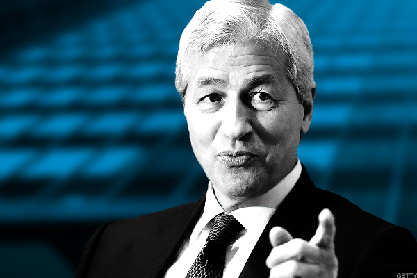 JPMorgan's Dimon Stays King of Wall Street, Gets $31 Million Payday