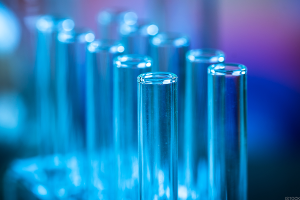 2 Promising Biotech Stocks That Insiders Are Snapping Up