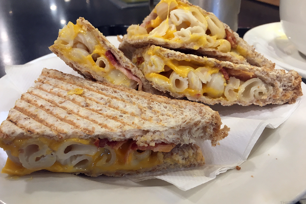 Bacon, Macaroni & Cheese Toasties