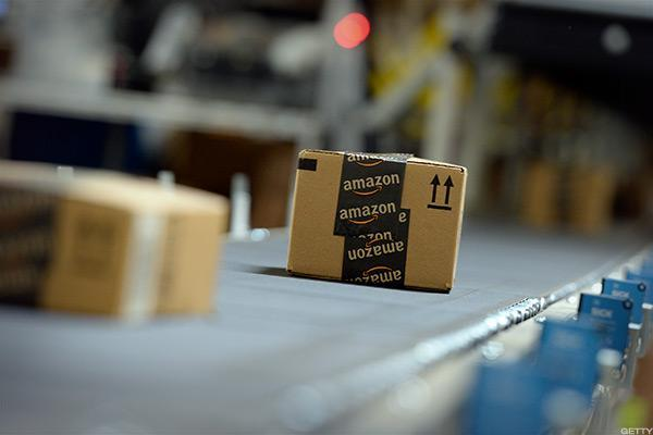 Amazon and General Electric Are Friday's Smoking Hot Tickers: AMZN, TSLA, SBUX, GE, AAPL, X