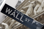Stocks End Slightly Higher; Indexes Post Gains For Week