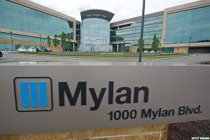 Mylan (MYL) Stock Slides, Citigroup: EpiPen Scrutiny Could Drive Multiples Down