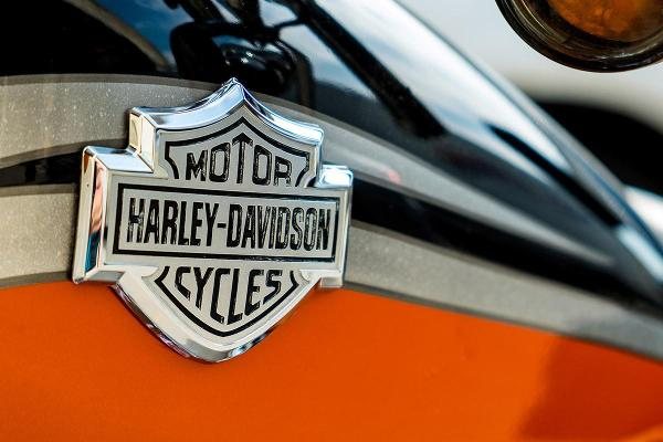 Harley-Davidson Races Past Expectations but Motorcycle Sales Remain Sluggish