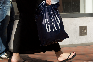 Gap Drops After Hours on Disappointing Earnings, Weak Same-Store Sales
