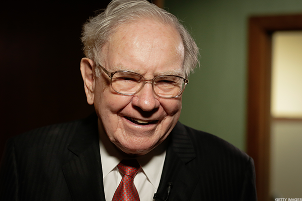 Buffett Cashes Out of Embattled 21st Century Fox
