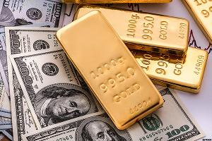 Barrick Gold (ABX) Stock Down on Lower Gold Prices