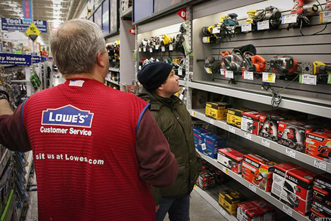 Don't Sell Home Depot Despite Disappointing Earnings From Lowe's