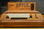 23 Photos Show Why We Are All In Love With Apple