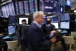 US Stocks Gain as Goldman, BofA Top Earnings Forecasts, Offsetting Trade Concern
