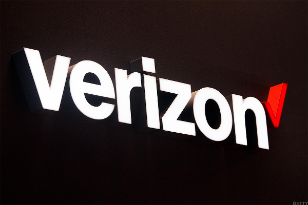 Verizon Slides on Morgan Stanley Downgrade