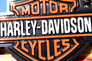 Harley-Davidson Misses Q1 Earnings, Shares Boosted by Trump Tweet on Tariffs