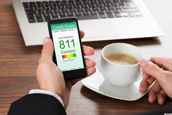 Improve credit score before getting a mortgage