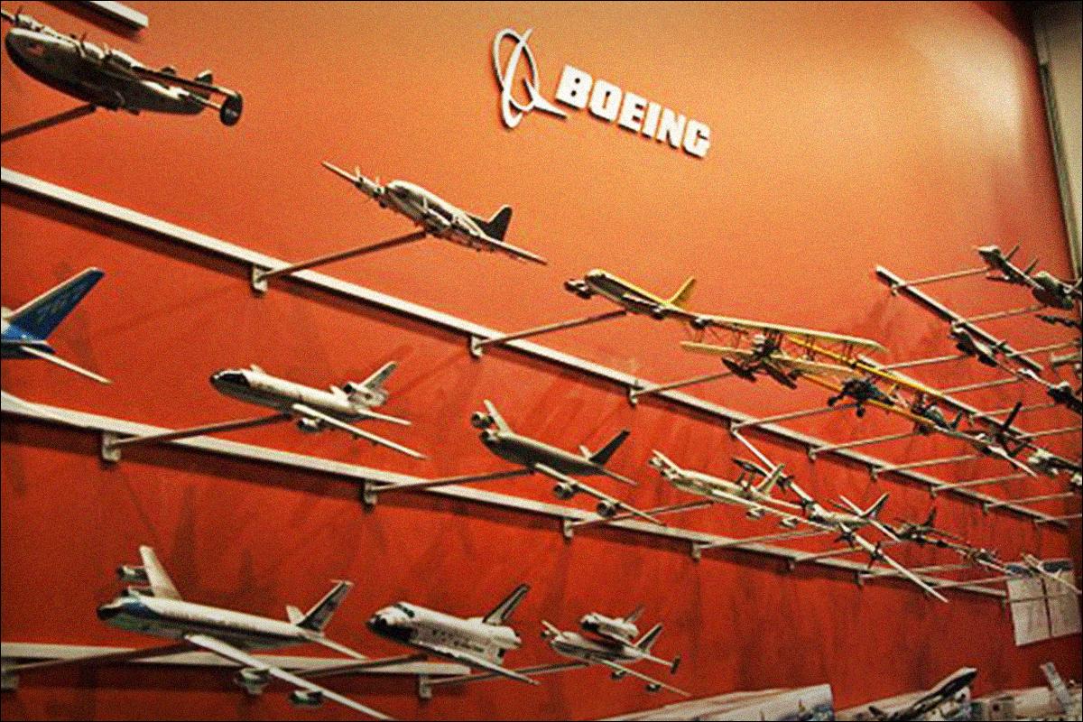 Boeing Shares Slide After Planemaker Suspends 777X Aircraft Load Testing