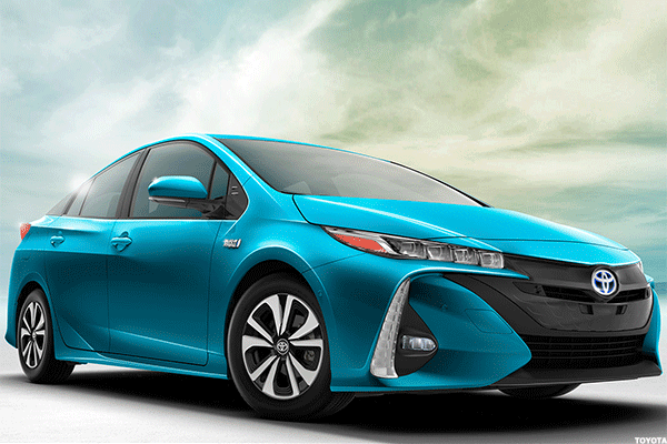 Toyota's Prius Prime Gets Strong Grades, Even as Tesla and GM Competition Nears