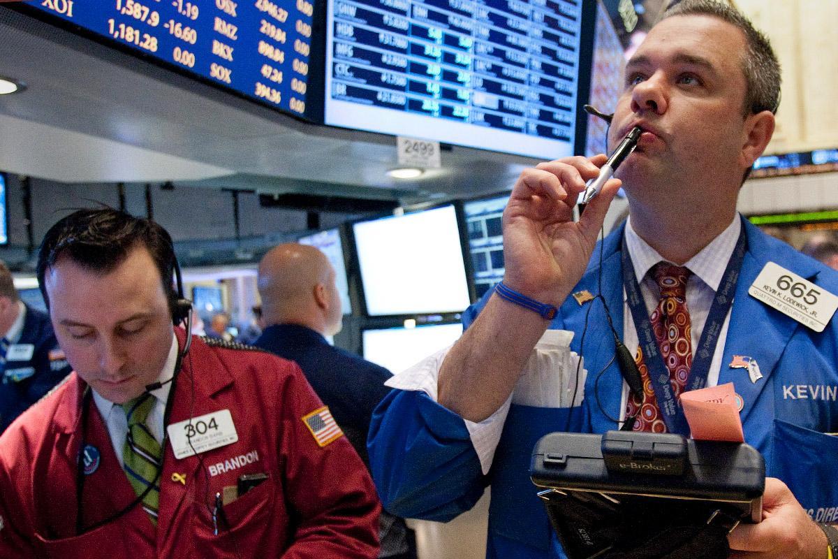 Stocks Rise on Renewed U.S.-China Trade Deal Hopes; Brexit Concerns Linger
