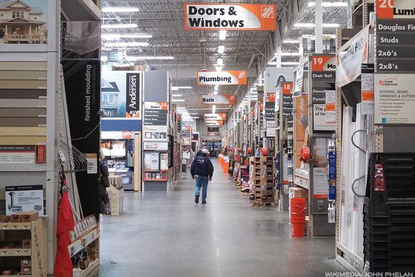 Home Depot is still beating Lowe's.