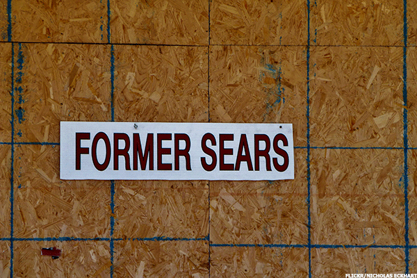 Sears Is an Outdated Company That Investors Should Avoid