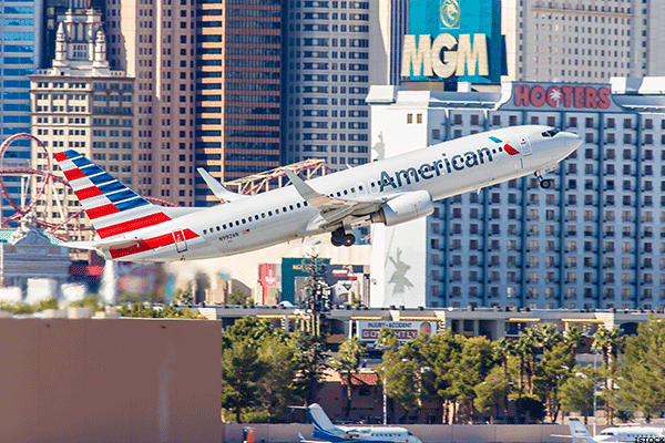 American Airlines Beats Estimates as Revenue Trends Improve