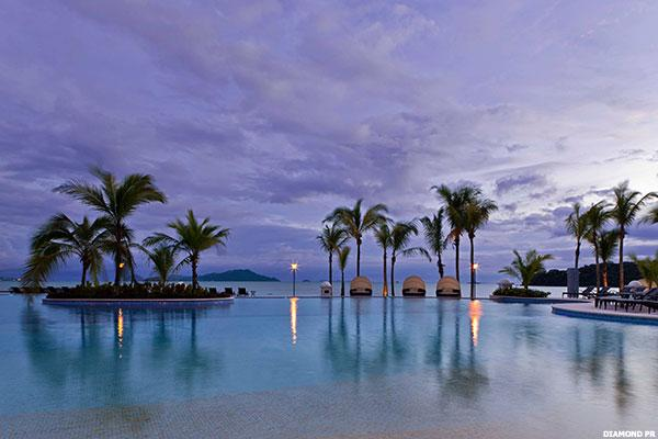 Diamond Resorts Int'l (DRII) Stock Down, MKM Cuts Rating