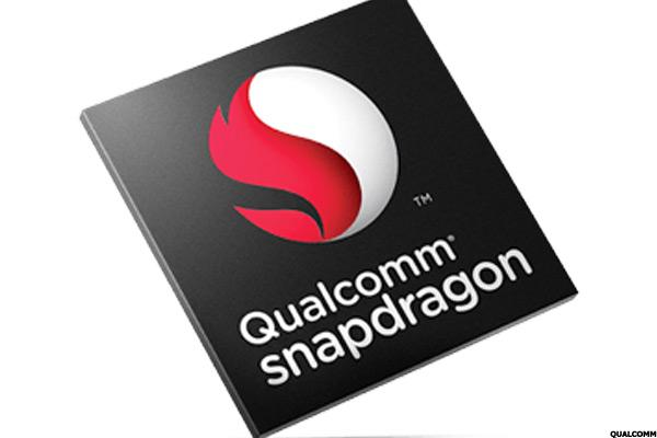 Qualcomm (QCOM) Stock Up, Releases Wireless VR Headset Design