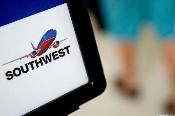 8. Southwest Airlines Co. (LUV)
