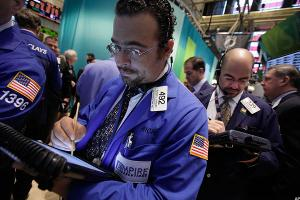 Insider Trading Alert - RGS, DPS And BK Traded By Insiders