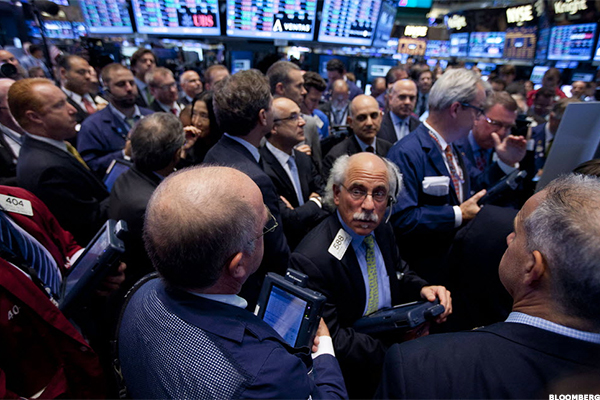 Pinnacle Financial Partners (PNFP) Stock Closed Higher, Upgraded at Piper Jaffray