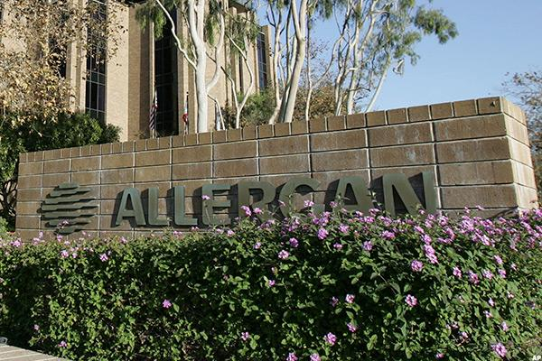 Allergan Starts 'Pivotal' 2017 With a Beat, Plus Jim Cramer's Take