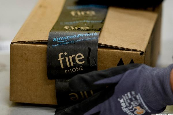 Amazon Is Quietly Spreading Like a Weed Into Canada By Using Its Most Popular Service