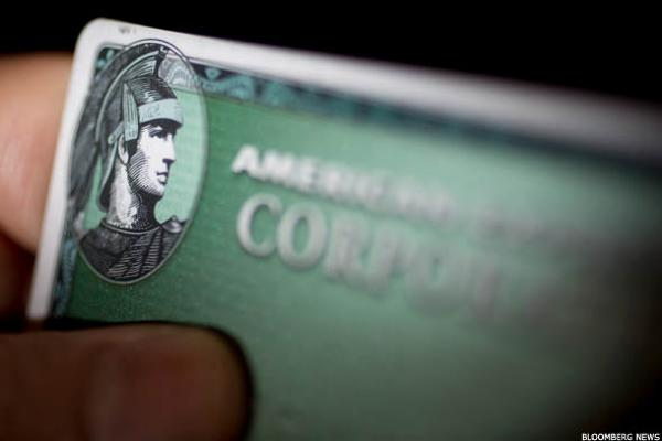 American Express's 'Negative Drumbeats' Swell as Fidelity Deal Sours
