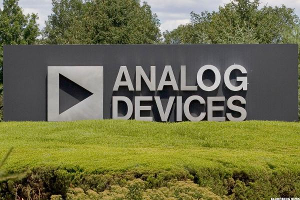 Apple Supplier Stocks Fall: Analog Devices Up 1.6%; NXP Semiconductors Off 3.1%