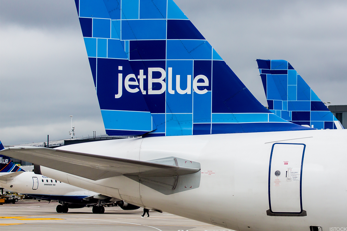 United Ual Alaska Alk And Jetblue Jblu Shares Pay A Price