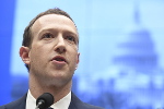 Facebook CEO Mark Zuckerberg Deflects Tough Questions From European Parliament