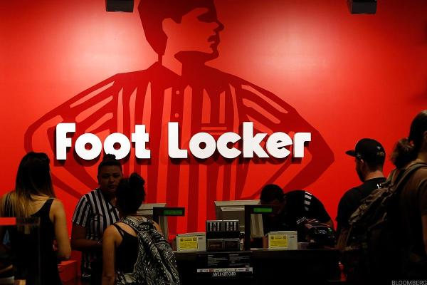 Morgan Stanley Expects Foot Locker to Beat on Earnings: LIVE MARKETS BLOG