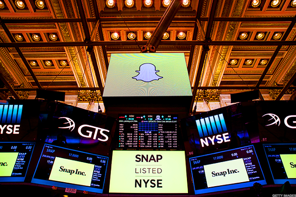 Cramer: With Snap, Don't Even Talk About Valuation