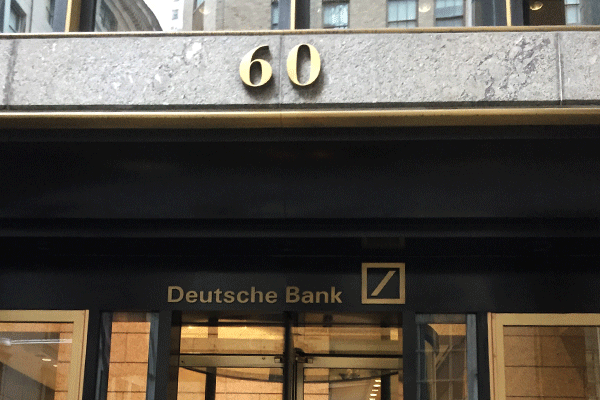 Deutsche Bank Probably Will Need Bailout to Restabilize, Analyst Says