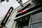 Verizon May Have a Bumpy 2017, But Hold Shares for the Long Term