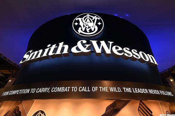 How to Trade Smith & Wesson and Sturm, Ruger as Gun Debate Rages