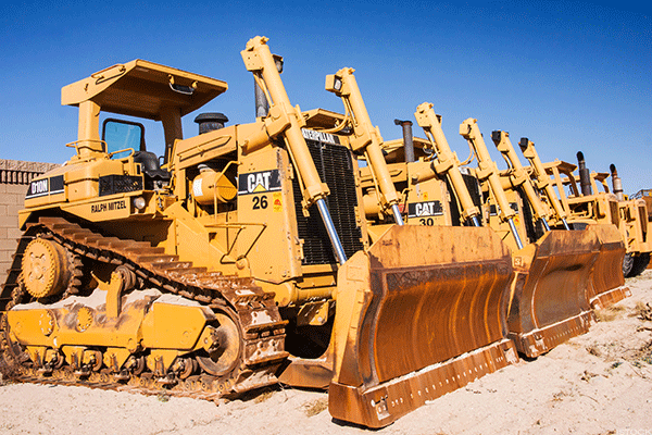 Approach Caterpillar's Stock With Caution