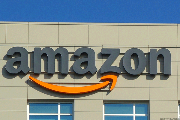 As Crazy As It Sounds, Lazy Men Really Love Shopping for Groceries At Amazon and Walmart